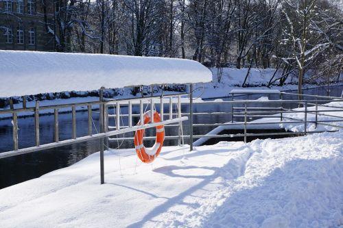 snow winter danube