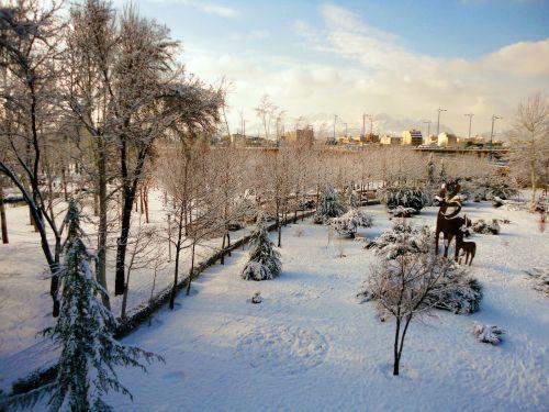 snow isfahan iran