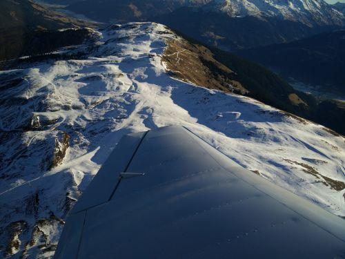 snow runway wing