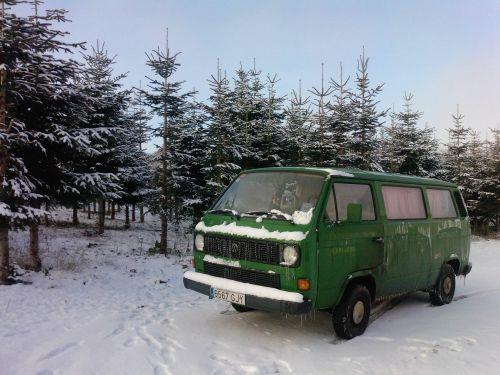 snow green truck