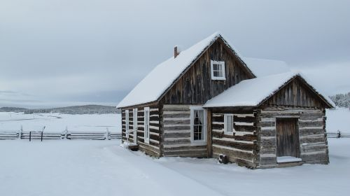 snow log cabin cabin