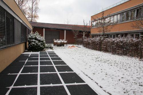 snow new zealand building