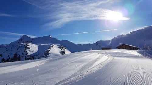 snow mountain panoramic