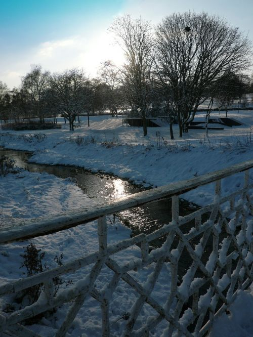snow river winter