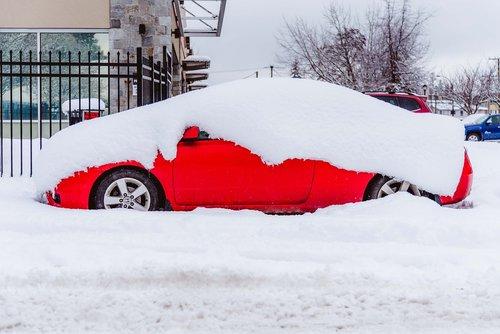 snow  street  car