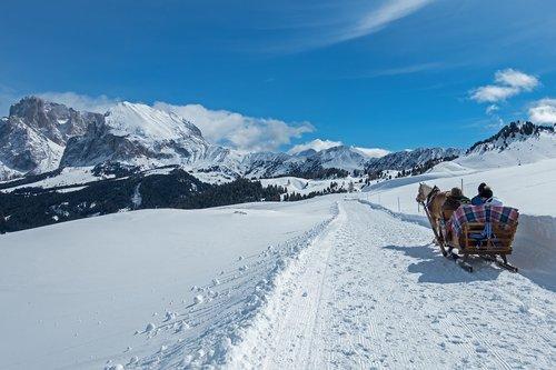 snow  coach  carriage ride