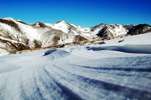 snow mountains sport