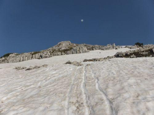 snow luna sky