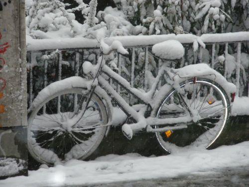 snow winter bike