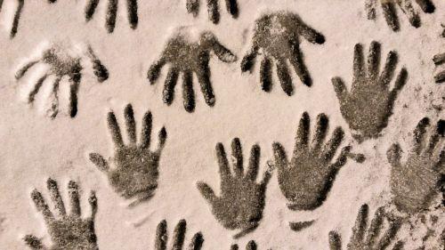 snow hands winter