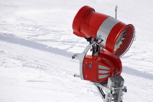 snow cannon cover with artificial snow snow guns
