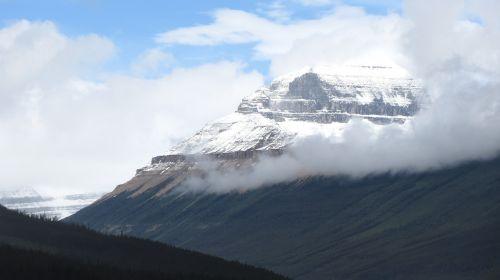 snow peak mountain snow