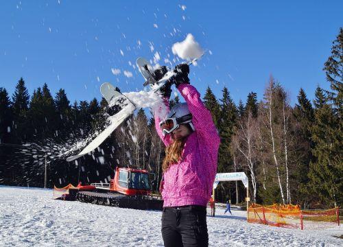 snowballing winter snow