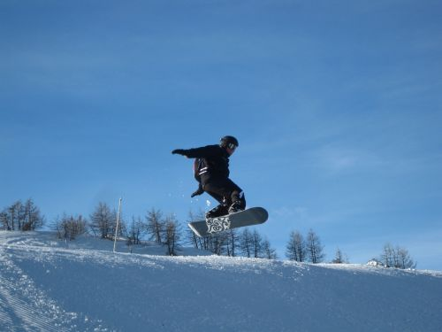 snowboard,jump,snow,tower,free ride,sport,winter,mountain