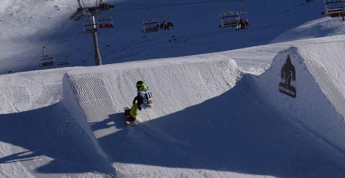 snowboard snowboarder snow park