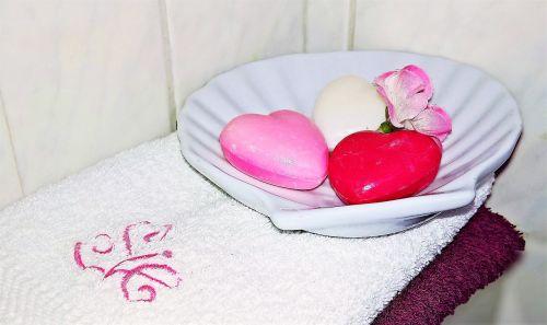 soap guest soap heart