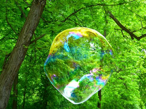 soap bubble fly weightless