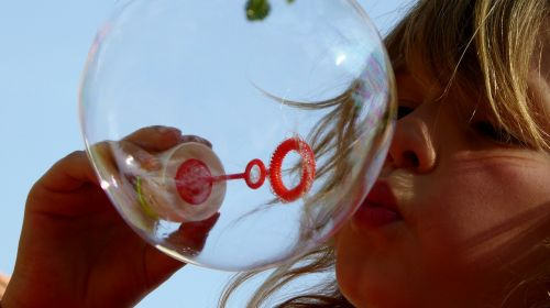 soap bubbles children games