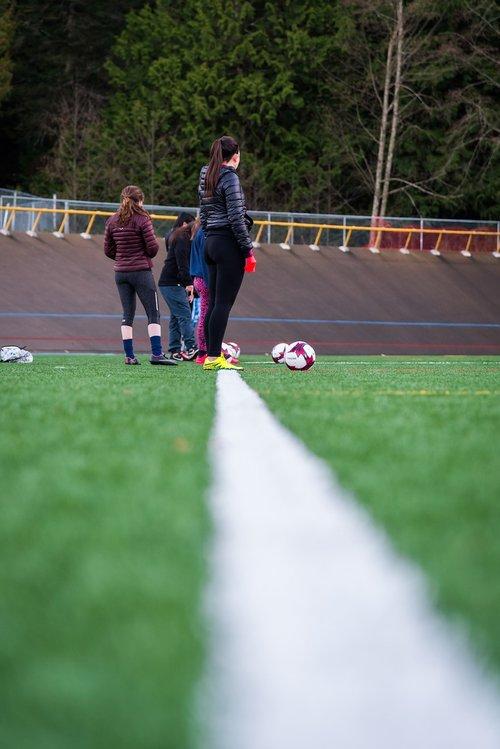 soccer  girls  practice
