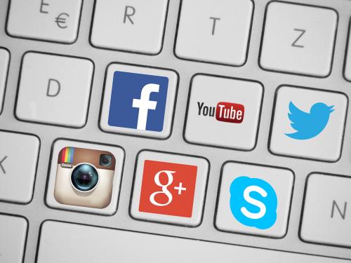social media media social