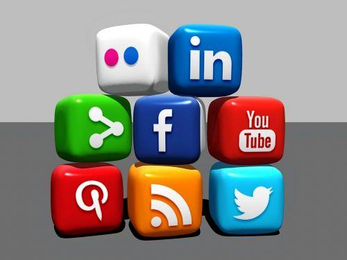 social media blocks blogger