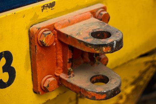 socket  yellow  orange