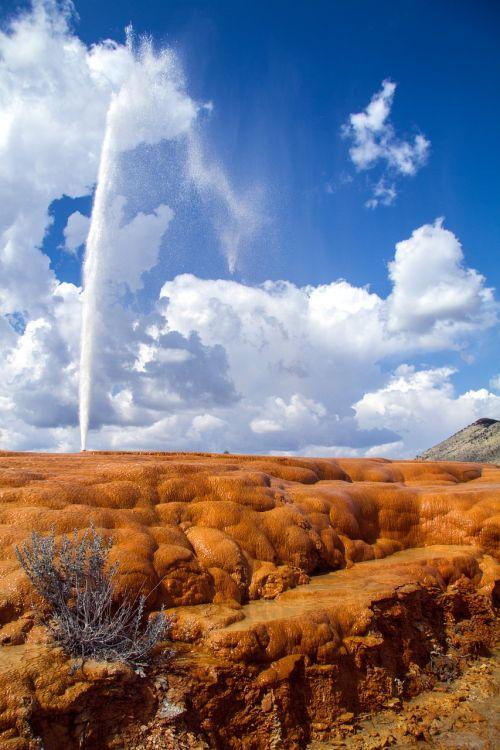 soda springs geyser idaho