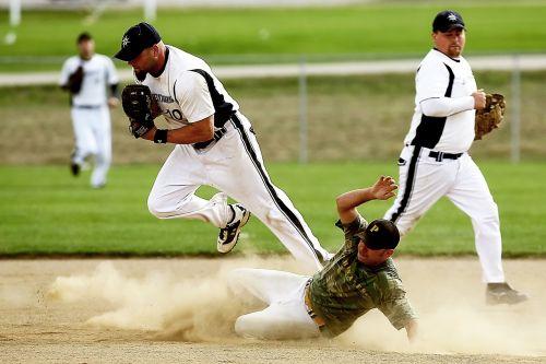 softball player game