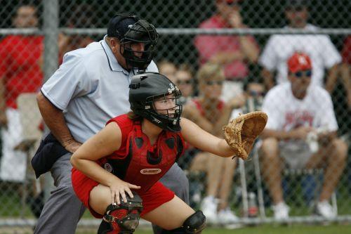 softball catcher player