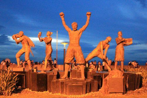 Soil Statue