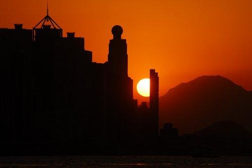 solar  glow  sunset
