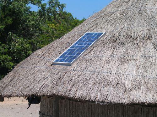 solar panel roof straw