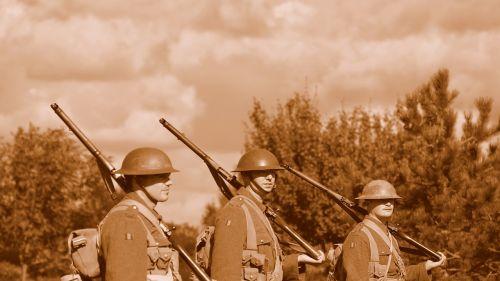soldier gun military