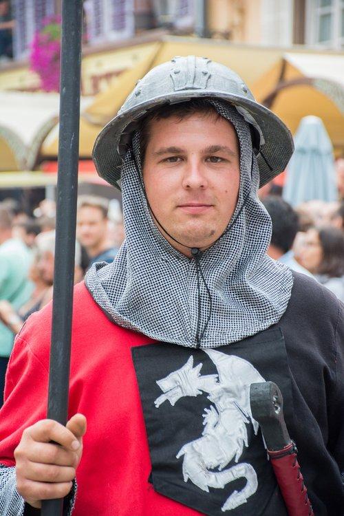 soldier  spearman  helmet