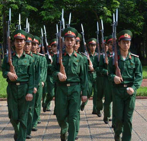 soldiers army vietnam