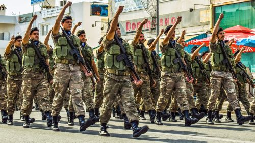 soldiers uniform military