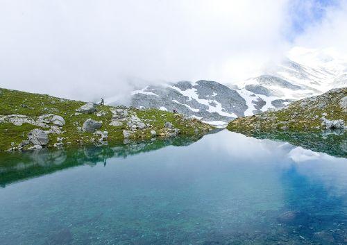 source picos de europa laguna