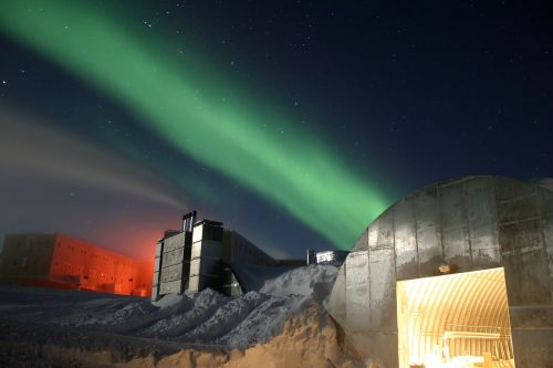 south pole research institution research station
