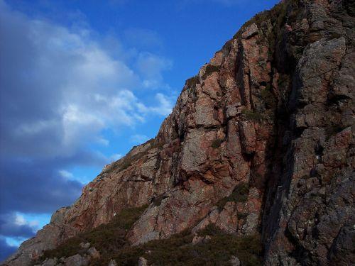 south rona crag craggy