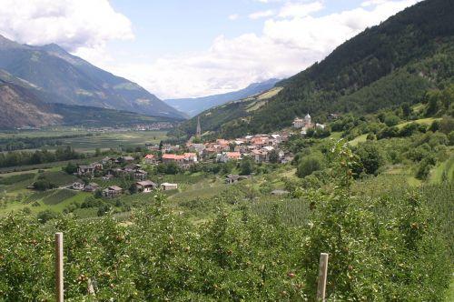 south tyrol vintschgau italy
