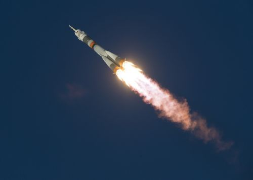 soyuz launch space shuttle