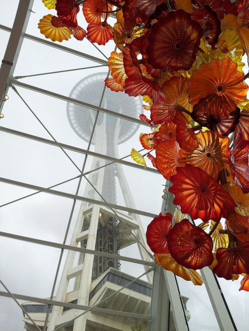 space needle seattle chihuly museum