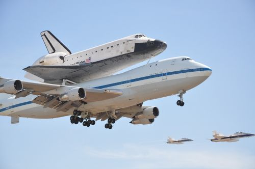 space shuttle endeavor plane