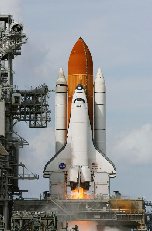 space shuttle atlantis liftoff launch