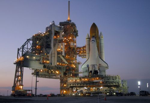 space shuttle discovery launch pad exploration