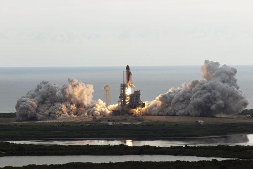 space shuttle endeavour liftoff launch