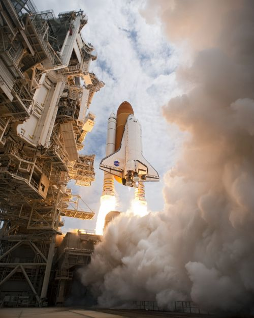 Space Shuttle Liftoff