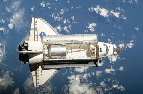 spacecraft space shuttle