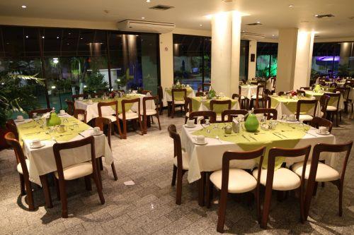 spaces arena blanca restaurant