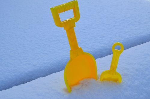 Spade And Snow